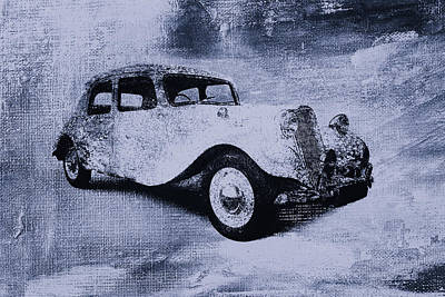 Vintage Car Print by David Ridley