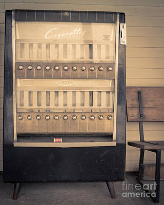 Vintage Cigarette Machine Print by Edward Fielding