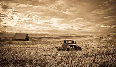 Vintage Days Gone By Print by Steve McKinzie