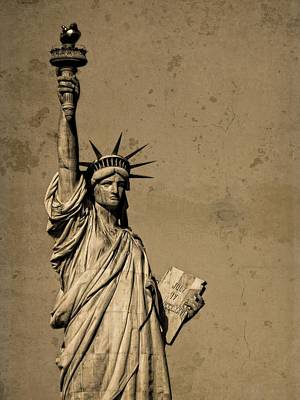 Tourist Attraction Mixed Media - Vintage Lady Liberty by Dan Sproul