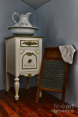 Vintage Laundry And Wash Room Print by Paul Ward