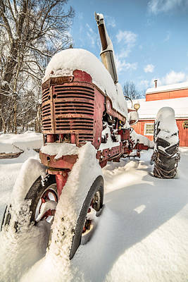 Tracktor Photograph - Vintage Red Farmall Tractor In The Snow by Edward Fielding