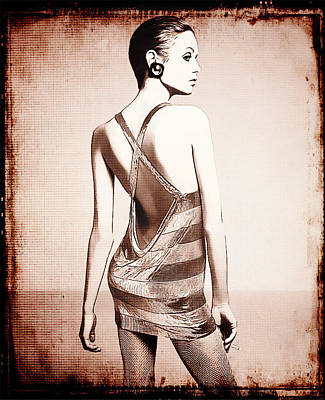 Vintage Twiggy Print by Sue Rosen