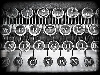 Writer Photograph - Vintage Typewriter by Edward Fielding
