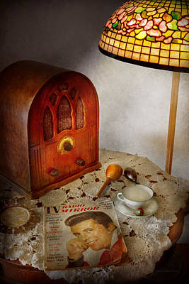 Custom Mirror Photograph - Vintage - What's On The Radio Tonight by Mike Savad