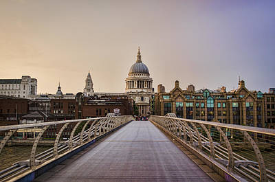 St Pauls Cathedral Photograph - Walk To St Pauls by Heather Applegate