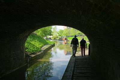 Walkers On The Shropshire Union Canal Print by Ashley Cooper