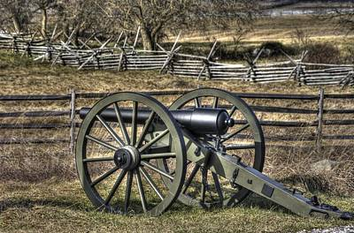 War Thunder - 9th Michigan Btry 1st Michigan Light Artillery Battery I Hancock Ave Gettysburg Print by Michael Mazaika