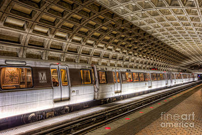 Washington Dc Metro Station V Print by Clarence Holmes