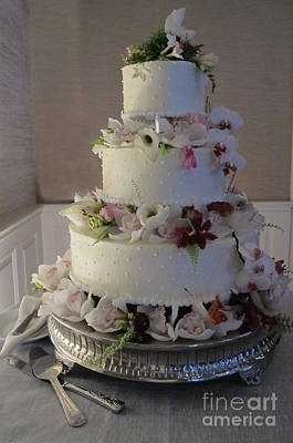 Chocoholic Photograph - Wedding Cake In Bloom by Arlene Carmel