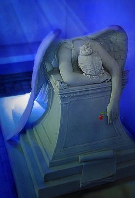 Angel Blues Photograph - Weeping Angel Front View by Don Lovett