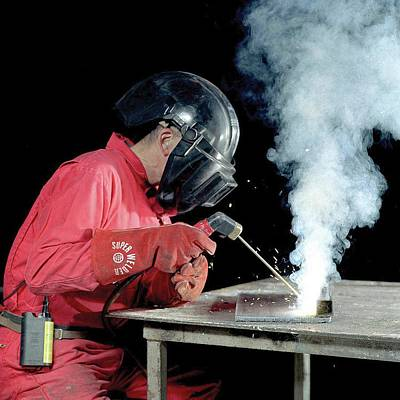 Welding Fumes Exposure Testing Print by Crown Copyright/health & Safety Laboratory Science Photo Library