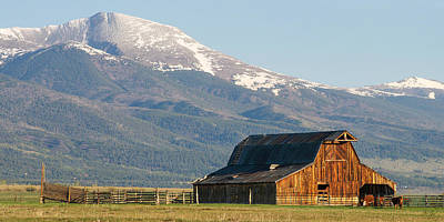 Westcliffe Colorado - Old Barn Print by Aaron Spong