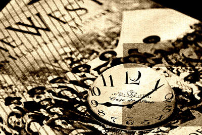 Paperweight Photograph - Western Time by Chastity Hoff