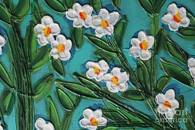 White Blooms 2 Print by Cynthia Snyder