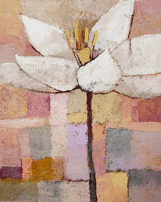 Flower Abstract Painting - White Floral by Lutz Baar