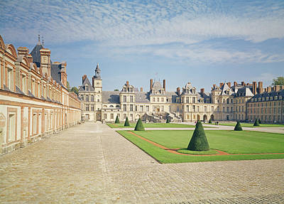 Chateau Photograph - White Horse Courtyard, Palace Of Fontainebleau Photo by .
