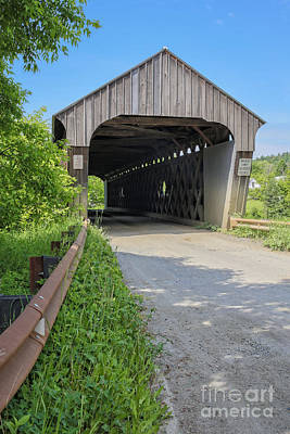 Covered Bridge Photograph - Willard Covered Bridge North Hartland Vermont by Edward Fielding