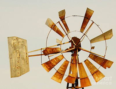 Abstract Windmill Photograph - Wind Driven Rust Machine by Robert Frederick
