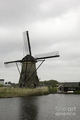 Windmill At Kinderdijk Print by Teresa Mucha