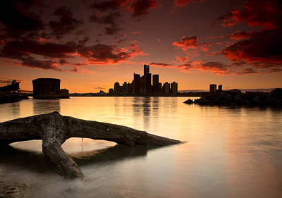 Windsor And Detroit Sunset Print by Cale Best