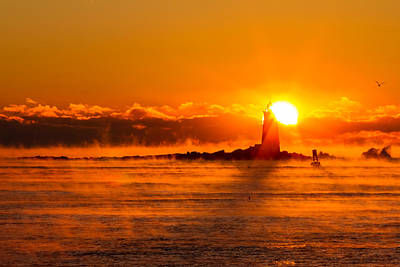 Winter Sunrise Whaleback Light Print by Jeff Sinon