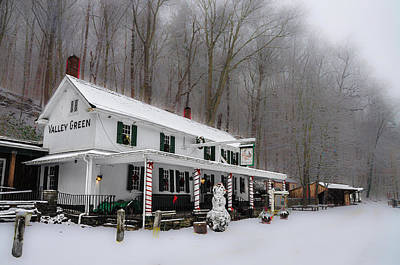Winter Wonderland At The Valley Green Inn Print by Bill Cannon