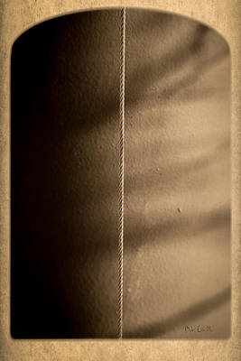 Pop Surrealism Photograph - Wire by Bob Orsillo