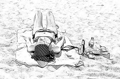 Woman On Beach Print by Les Palenik