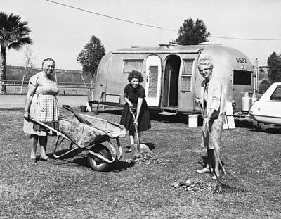Middle Ground Photograph - Women Cleaning Rodeo Grounds by Underwood Archives
