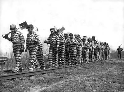 Working On The Chain Gang Print by Underwood Archives