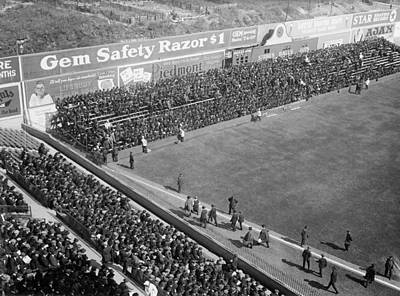 Ebbets Field Photograph - World Series Crowd At Ebbets Field Brooklyn 1920 by Mountain Dreams