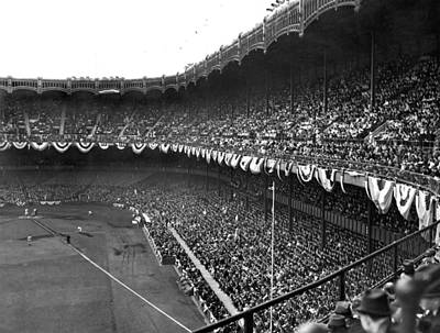 Yankee Stadium Photograph - World Series In New York by Underwood Archives