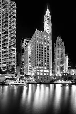 Wrigley Building Reflection In Black And White Print by Sebastian Musial