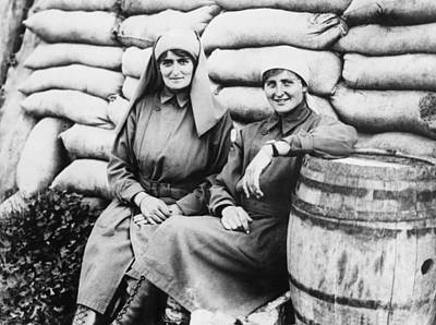 Belgium Photograph - Wwi angels Of Mercy by Underwood Archives