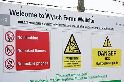 Wytch Farm Oil Well At Kimmeridge Bay Print by Ashley Cooper