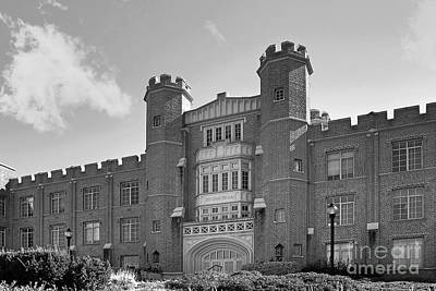 Liberal Photograph - Xavier University Hinkle Hall by University Icons