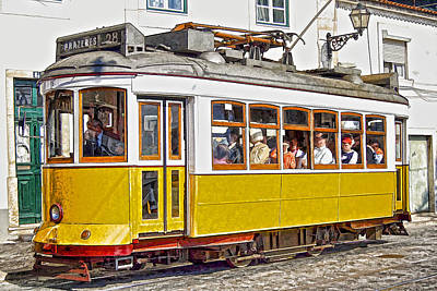 Yellow Electric Trolly Of Lisbon Print by David Letts