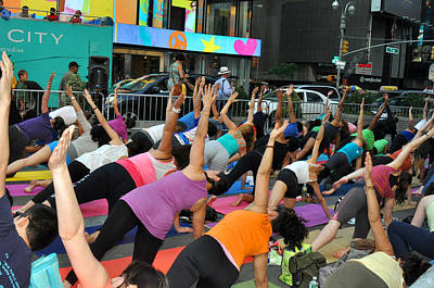 Yoga In Times Square Print by Diane Lent