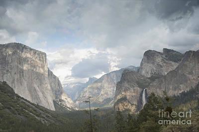 Tunnel View Photograph - Yosemite National Park by Juli Scalzi