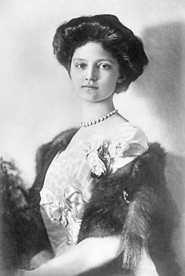 Necklace Photograph - Zita  Hrh Empress Of Austria, Princess Of Bourbon And Parma, 1914 by Austrian School