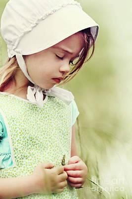 Mennonite Photograph - Amish Child by Stephanie Frey