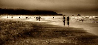 Beach Walkers Print by David Patterson