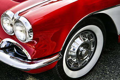 Corvette Beauty Print by Bill Robinson
