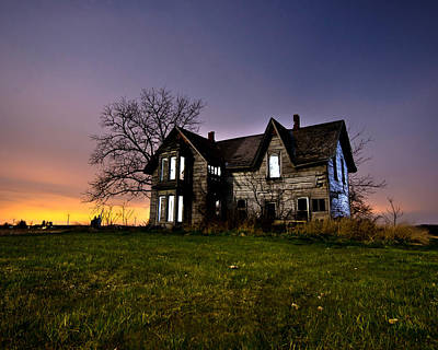 Abandoned House Photograph - Haunted House by Cale Best