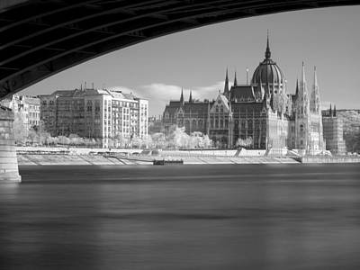 Budapest Sightseeing Tours Photograph - Hungary Parlament by Odon Czintos