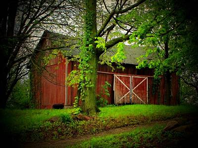 Indiana Landscapes Photograph - Indiana Barn by Michael L Kimble