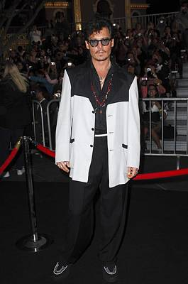 Johnny Depp Photograph - Johnny Depp At Arrivals For Pirates by Everett