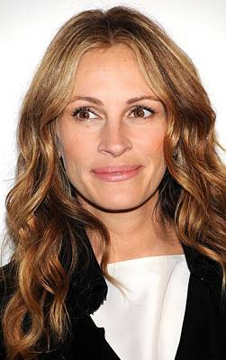 Tribeca Film Festival Premiere Photograph - Julia Roberts At Arrivals For Jesus by Everett