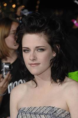 The Twilight Saga New Moon Premiere Photograph - Kristen Stewart At Arrivals For The by Everett